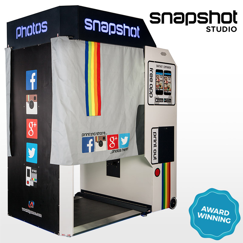 Award Winning Snapshot 2 Studio Photobooth by LAI Games